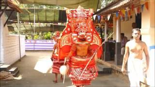 getlinkyoutube.com-Thekkan Kariyathan Theyyam