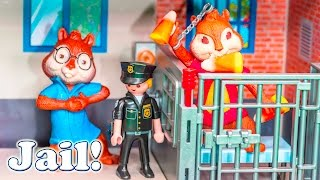 getlinkyoutube.com-ALVIN AND THE CHIPMUNKS Nickelodeon Alvin Goes To Jail Candy Prank Toys Video Parody