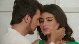 mouni Roy hot kiss scenes from serails like itwatch it