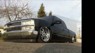 getlinkyoutube.com-Bagged Chevy Silverado c1500 Part 1