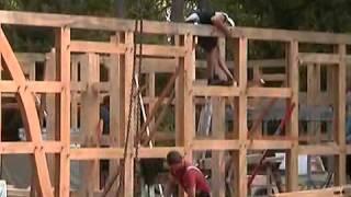 getlinkyoutube.com-Fuhrberger Zimmerei - Aufbau des Hauses der Familie Tiedt - lange Version