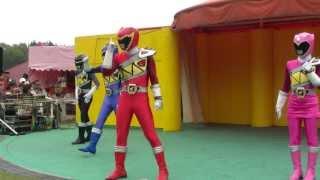 獣電戦隊キョウリュウジャー Zyuden Sentai Kyoryuger Power Rangers Dino Charge