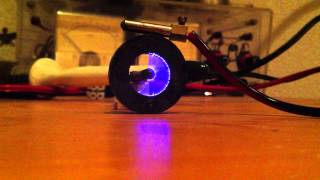 getlinkyoutube.com-Cool trick with a plasma speaker and a round magnet