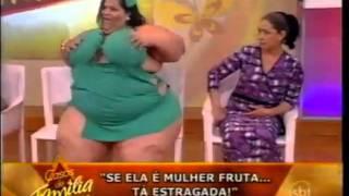 getlinkyoutube.com-Mulher Fruta Pão no palco do programa Casos de Família 09/09/2011