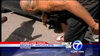 getlinkyoutube.com-Man lifts car off 3-year-old child
