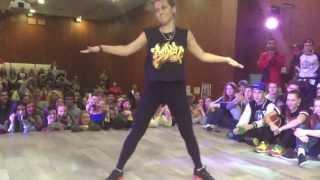 getlinkyoutube.com-Девушка классно танцует. Баттл.