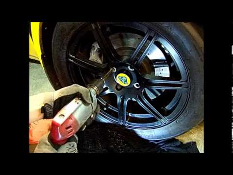 Lotus Exige Elise Lug Bolt Removal by Drill Out