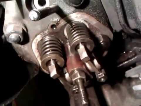 Где находятся сальники клапанов в Chrysler 180