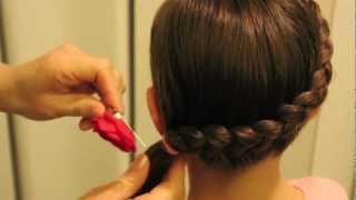 getlinkyoutube.com-裏編みこみ Dutch Braid into a Side Ponytail
