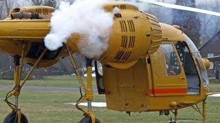 getlinkyoutube.com-Kamov-26 helicopter - smoky and flamy cold start.