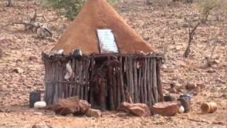getlinkyoutube.com-TRIBU HIMBA - Namibia - Gran Ruta del Okavango (Parte 6)