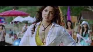 getlinkyoutube.com-Anushka Sharma in bikini in Badmaash Company