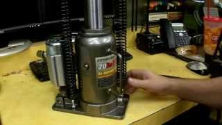 getlinkyoutube.com-Harbor Freight Air/Over Hydraulic Bottle Jack Review Item 69593