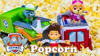 getlinkyoutube.com-PAW PATROL Nickelodeon Paw Patrol Popcorn Rescue Toys Video Parody
