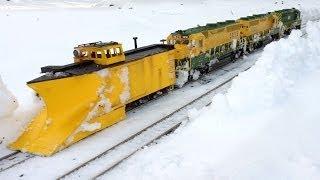getlinkyoutube.com-Reading RR Plow Train - G Scale