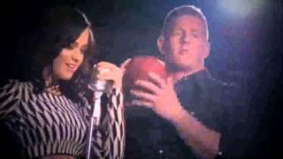 getlinkyoutube.com-Katy Perry Behind The Scenes Super Bowl Shooting