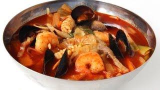 getlinkyoutube.com-Korean spicy seafood noodle soup (jjampong:짬뽕)
