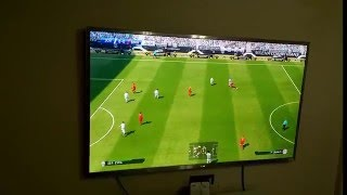 "PES 2016 Gameplay on LG 84"" ULTRA HD TV"