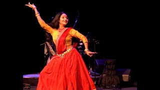 getlinkyoutube.com-Nagada Sang Dhol/Ram Leela, Goliyon Ki RasLeela Dance Steps/Performance