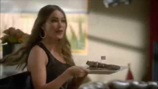 "getlinkyoutube.com-Modern Family - Gloria's ""American"" Accent (Sofia Vergara)"