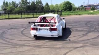 getlinkyoutube.com-BMW E30 LS2 - pierwszy test samochodu Vienia