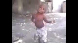 "getlinkyoutube.com-Funny Kid Dance ""fe wanna mache"""