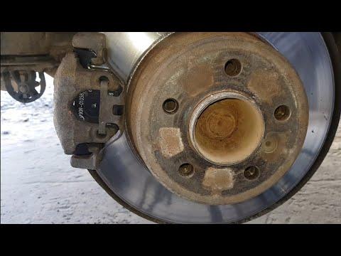 Замена задних тормозных колодок BMW X5