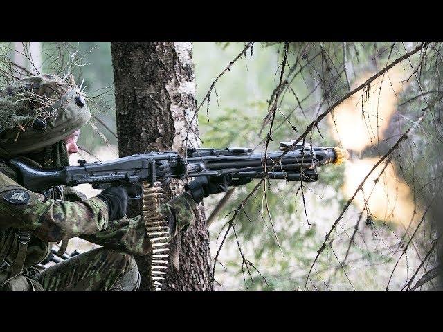 Streitkräfte der Nato üben den Kampfeinsatz