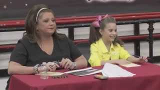 Dance Moms: Mackenzie Holds Auditions for Her Music Video
