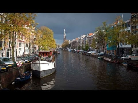 Amsterdam: city of bikes, canals, museum, Coffee Shops and Red Light district