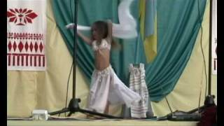 getlinkyoutube.com-Alina 4 y. o.  kid's Belly Dance Ukraine