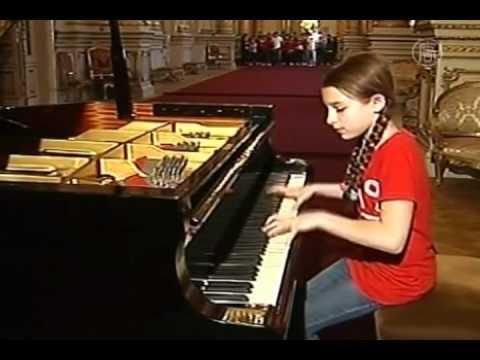 Pianista prodigio, con solo 10 años, brilló en el Teatro Colón