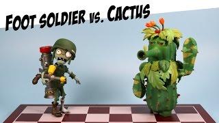 getlinkyoutube.com-Plants vs. Zombies Garden Warfare Camo Cactus vs Foot Soldier Diamond Select Toys