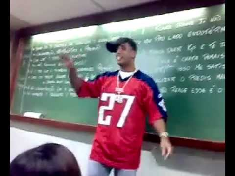 Professor dando aula com funk ( Parte 3 )