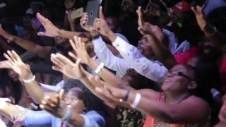 getlinkyoutube.com-Diamond Platnumz - Live Performance at ZIMBABWE PART 2 ( WATORA MALI CONCERT )