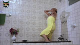 Sexy romantic kiss Sanjay datta n madhuri dixit width=