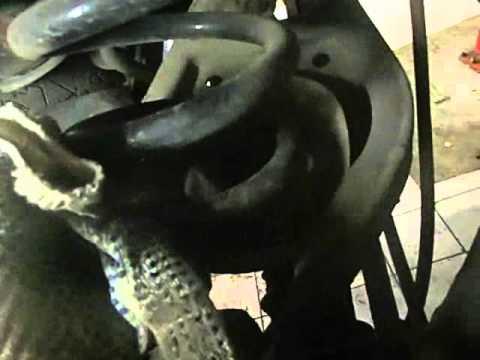 BMV X3 замена задних пружин/BMV X3 replacement rear springs