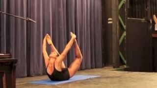 getlinkyoutube.com-Victoria Mahdion's Incredible Yoga Performance at The Woodstock Fruit Festival talent show.