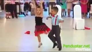 getlinkyoutube.com-Great Baby Dance On na na na by J STAR new song