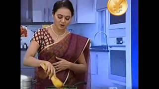 getlinkyoutube.com-Mallu Serial Actress Fish Recipe