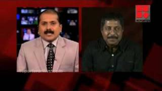 getlinkyoutube.com-Venu fires sharp on Sreenivasan (Padmasree Dr Sarojkumar). Sreeni looks frustrated