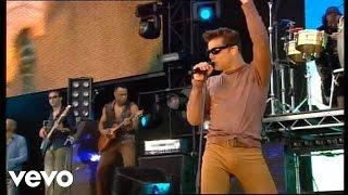 Ricky Martin - She Bangs