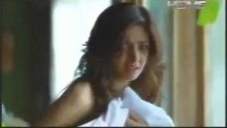 saba qamar shameful video undress