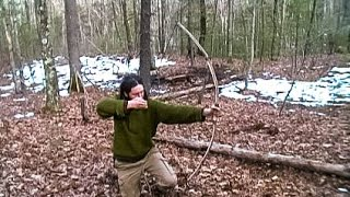 getlinkyoutube.com-Making a Survival Long Bow with a Knife