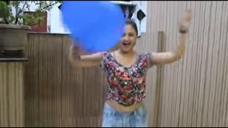 getlinkyoutube.com-Rashami Desai's Fucking Challenge-