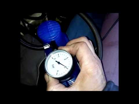 Загорается лампочка давления масла при прогреве двигателя