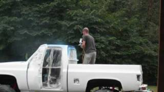 getlinkyoutube.com-1984 chevy truck being painted