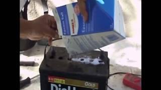getlinkyoutube.com-Como reparar una bateria con sal y agua facil y rapido tutorial