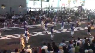 getlinkyoutube.com-町田エイサー祭り(東急会場) 池原青年会(沖縄県)の演舞 後編