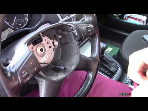 Как снять руль на автомобиле Шкода